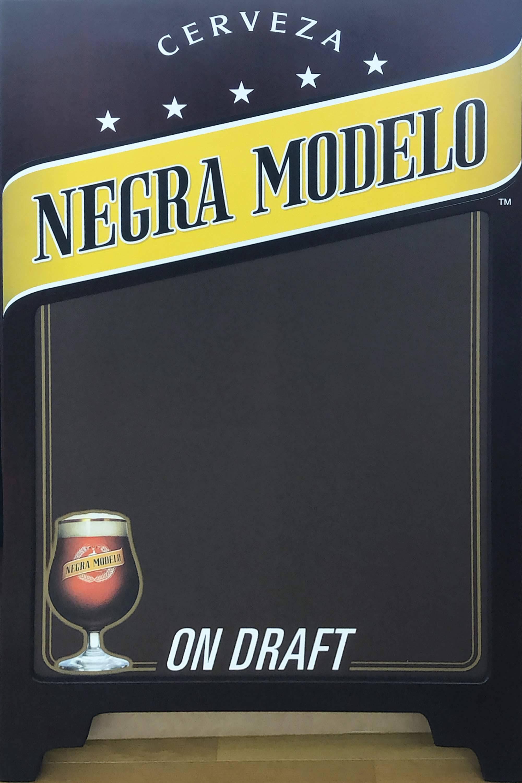 品番0108 サインボード 『NEGRA MODELO(ネグラ モデロ)』 スタンド 看板 アメリカン雑貨