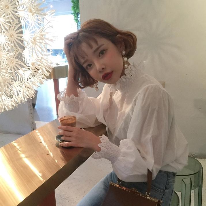 ボトルネックブラウス ボトルネック 白 ホワイト ブラウス シャツ フリル 夏 春 韓国 韓国ファッション ママコーデ