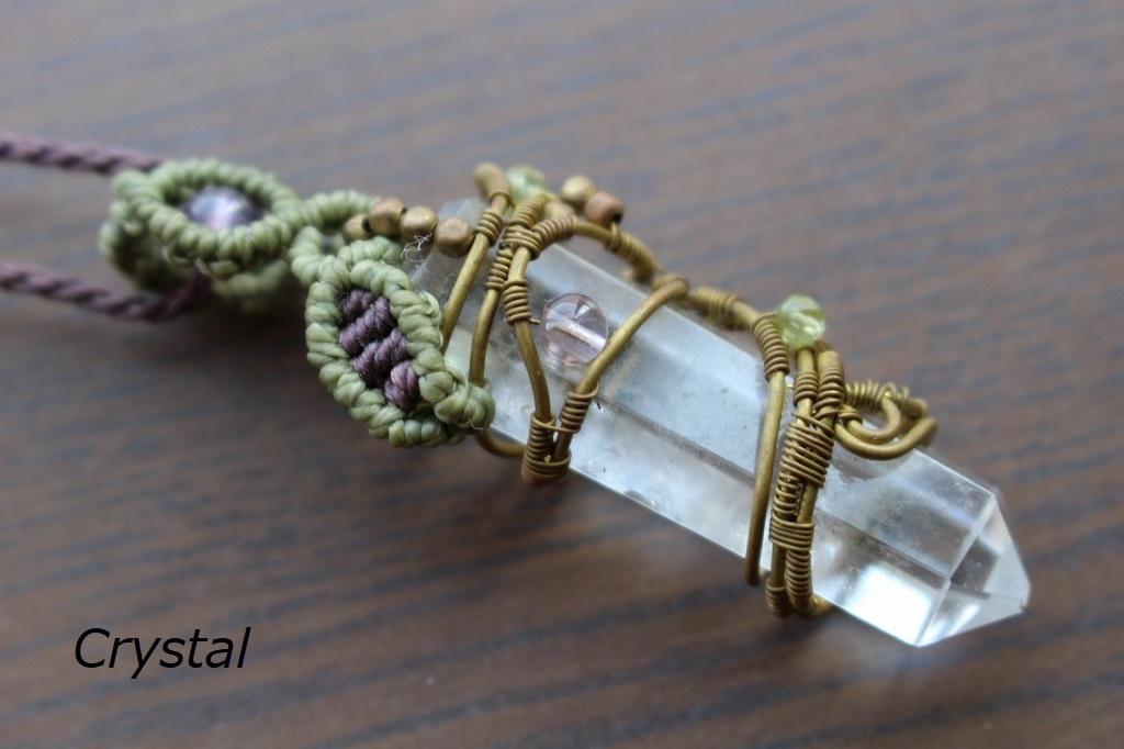 Crystal brass wire macrame pendant
