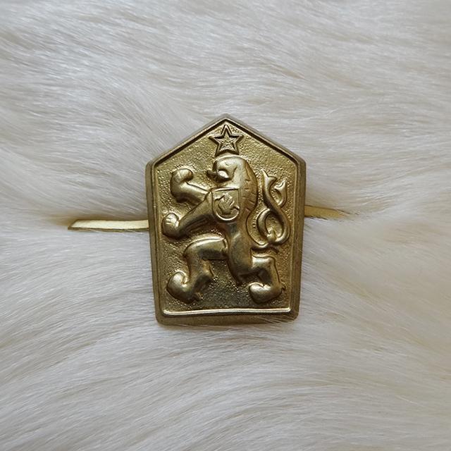 チェコ軍 ゴールドライオン ピンバッジ