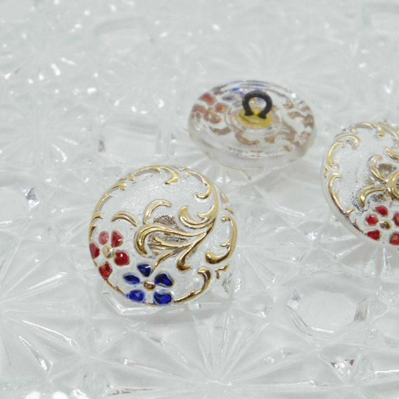 【チェコガラスボタン】青と赤の花・クリア ::: 小1.8cm