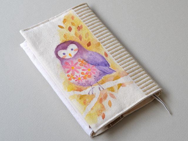 手描き絵の花咲きフクロウブックカバー<文庫本サイズ>