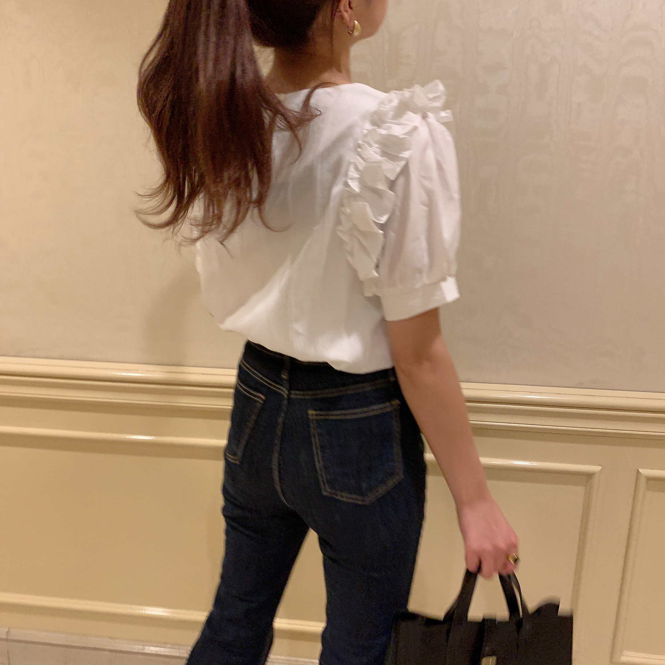 frill puff sleeve blouse