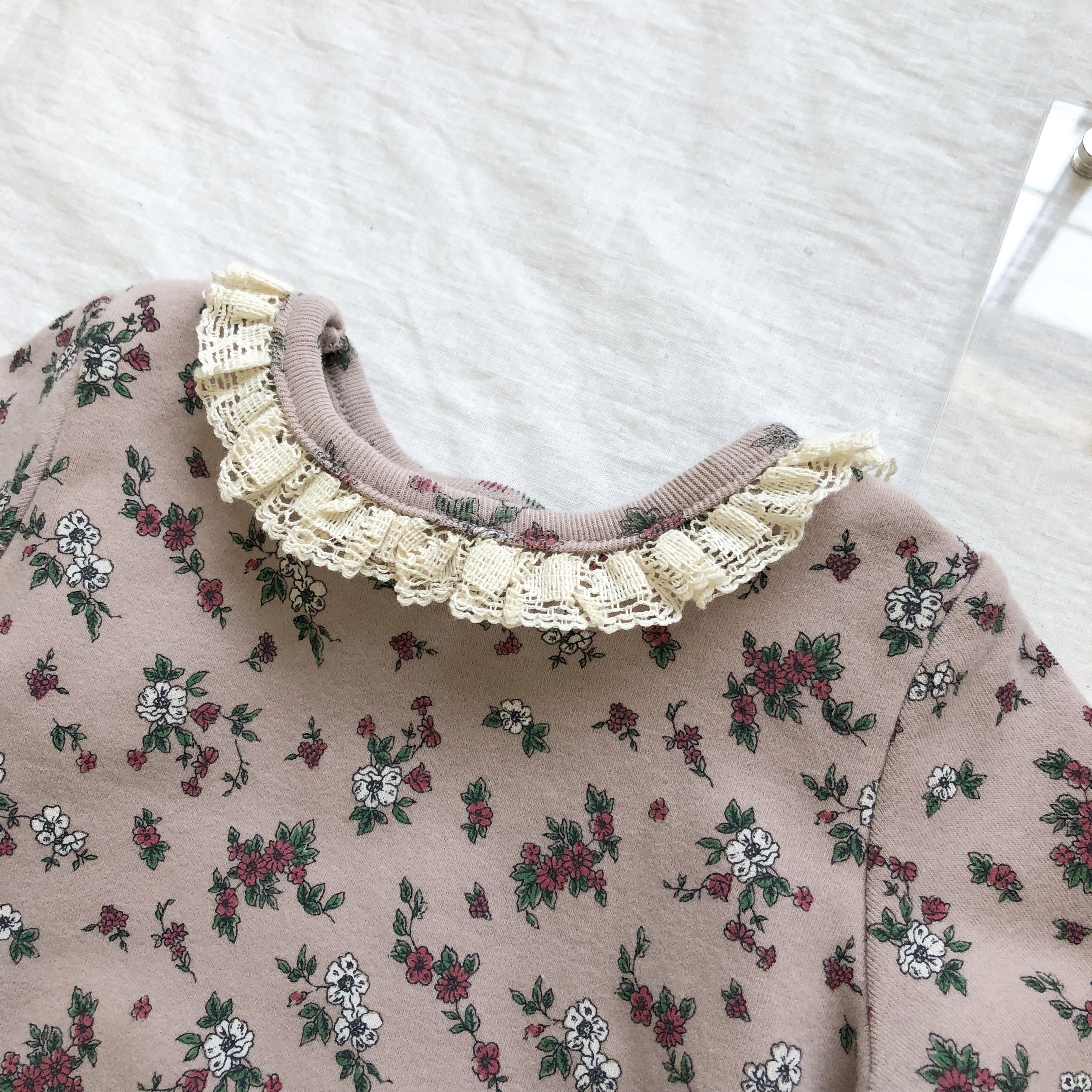 《 102 》floral×lace ロンパース