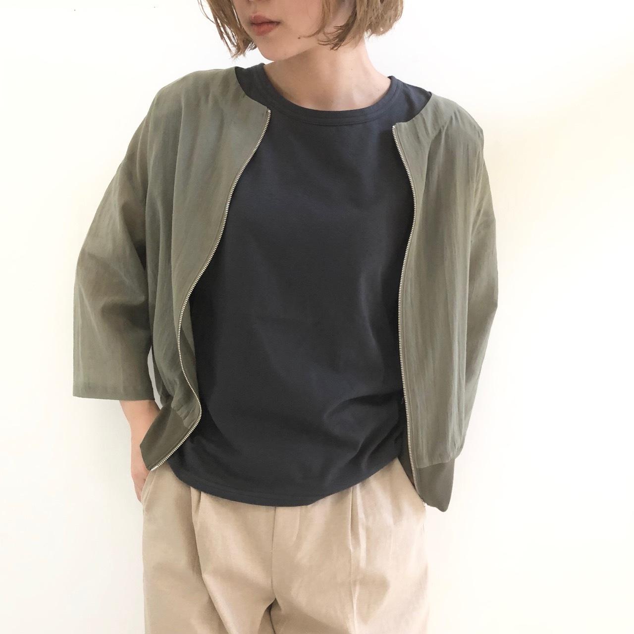 【 QTUME 】- 950-24548 - ノーカラーショートジャケット