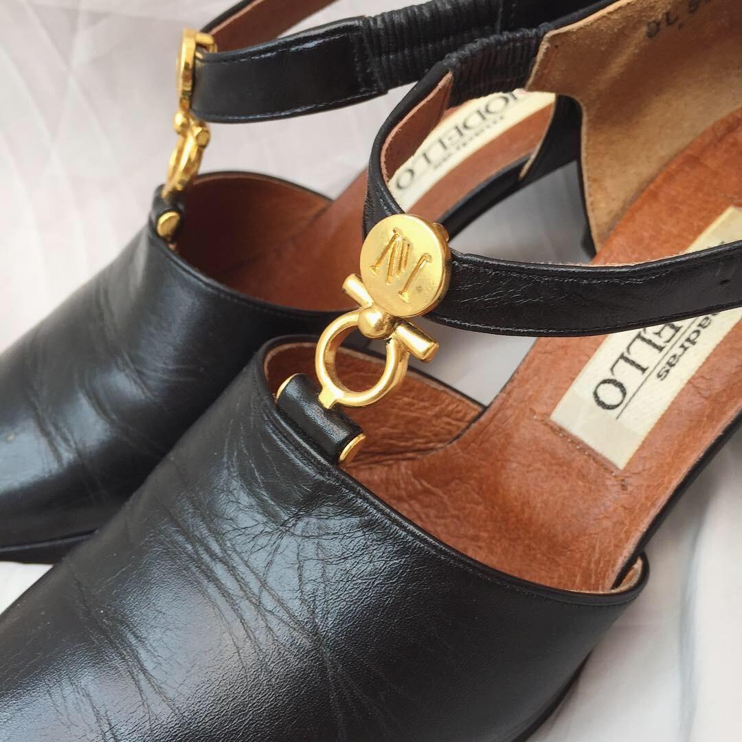 vintage strap pumps