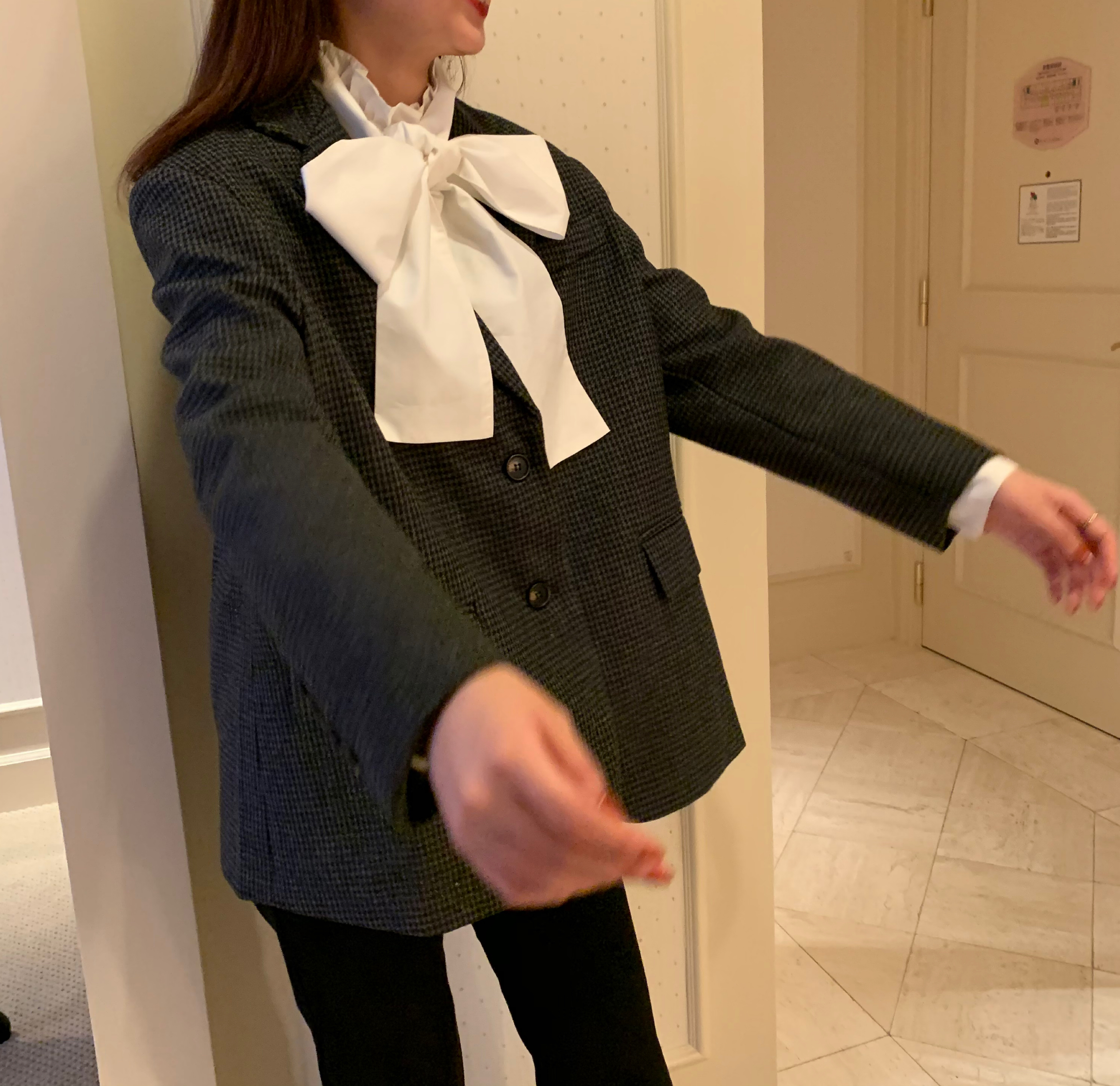 11/17 RESTOCK check tailored jaket