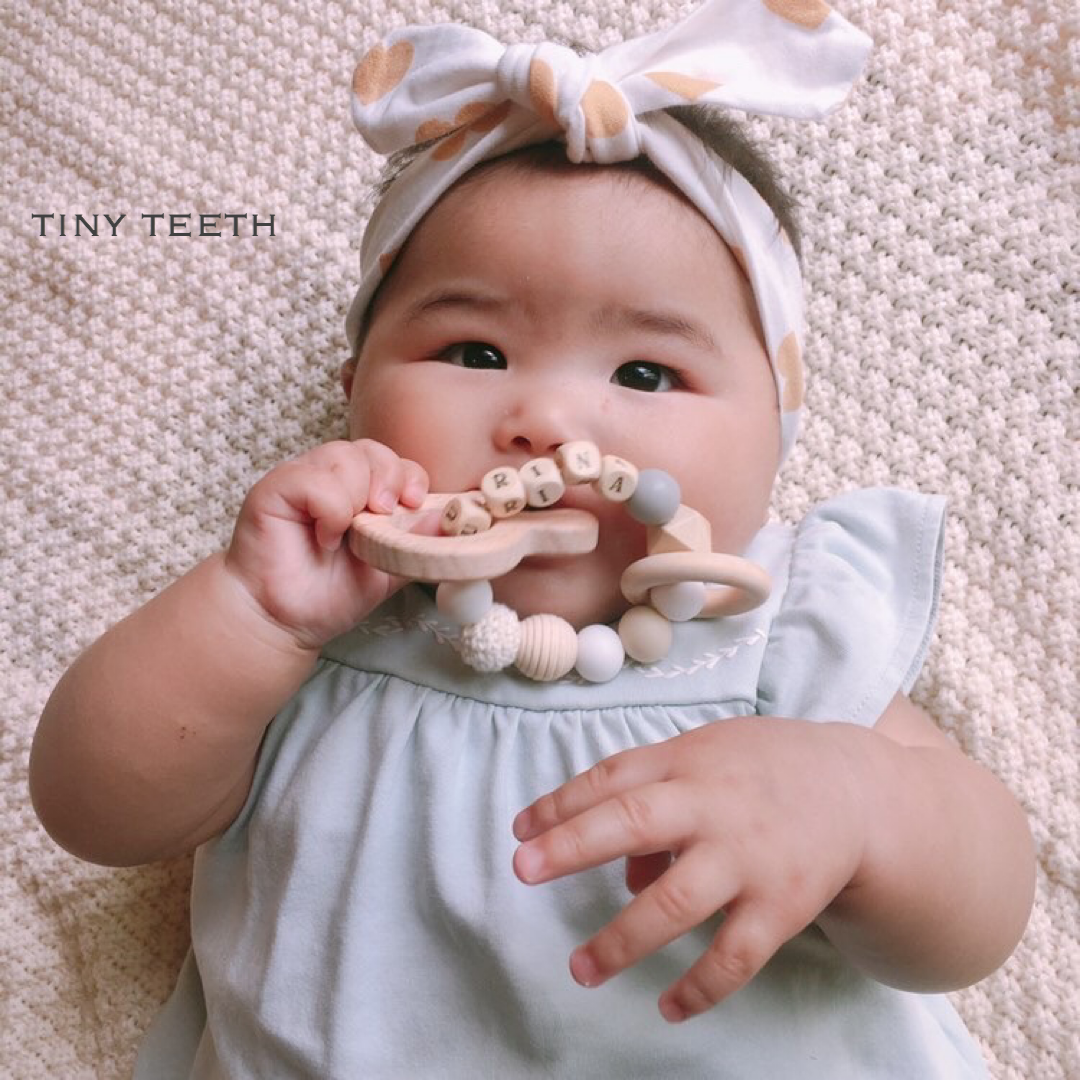 お名前入り歯固め*選べるウッドモチーフ*Tiny Teeth*生年月日刻印*名入れ*出産祝い