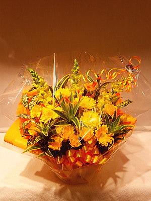 ar058 フラワーアレンジ 黄色系