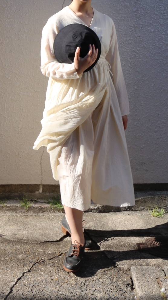 YAECA/ヤエカ ラップギャザードレス NATURAL #69715