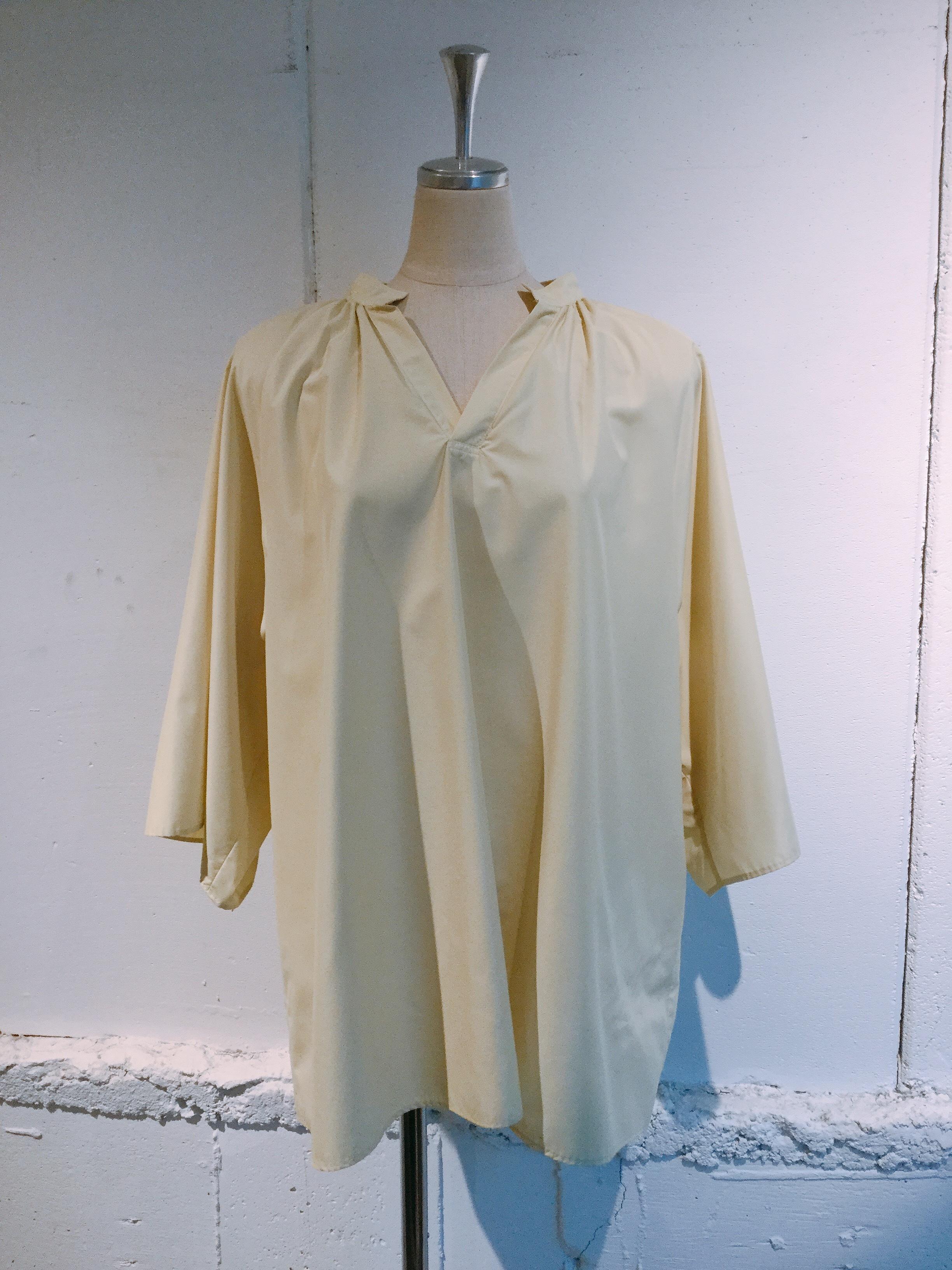 OKIRAKU   gather blouse