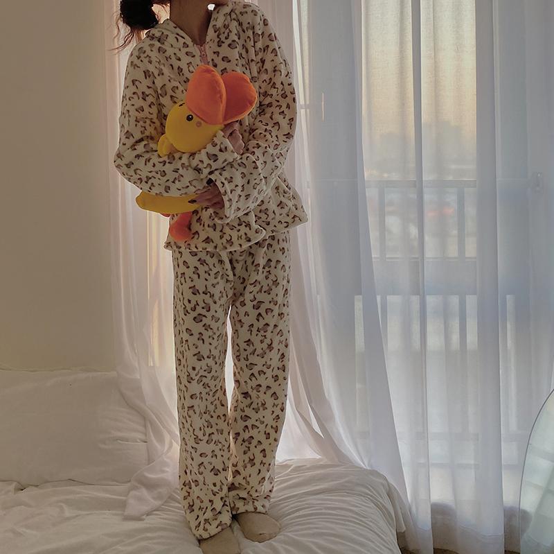 〈おうちでほっこりしよう〉レオパードもこもこルームウェア【leopard moco moco room wear】