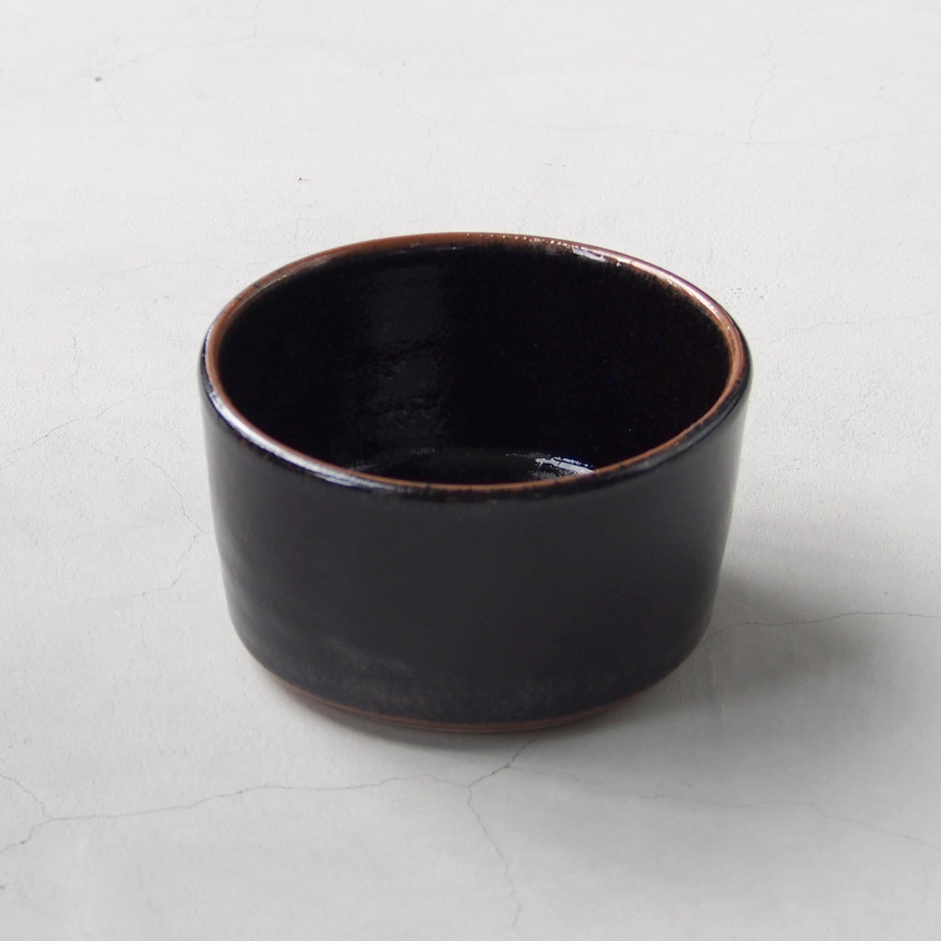 出西窯 深切立鉢5寸 黒