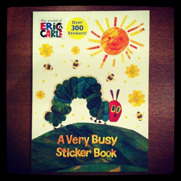 絵本「A Very Busy Sticker Book/Eric Carle」 - 画像1