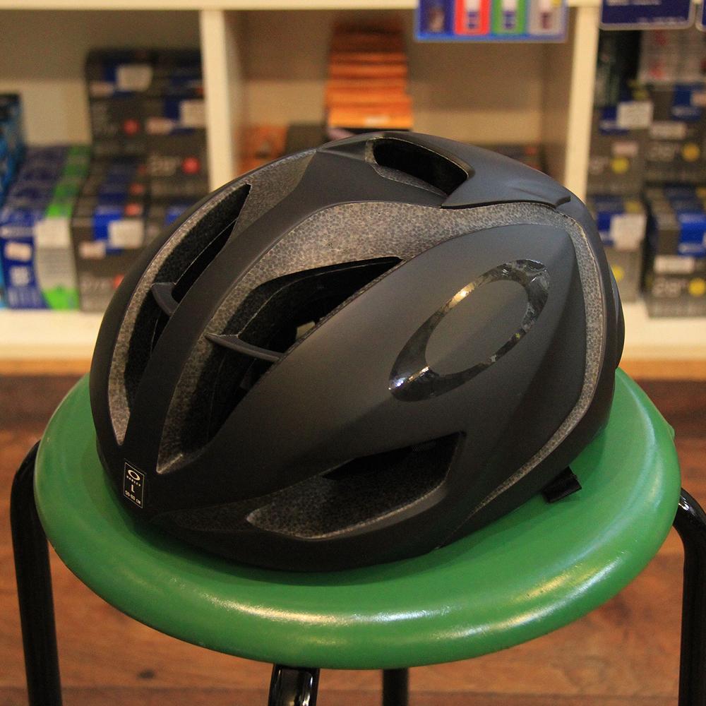 a5496dd75c OAKLEY ARO5  Blackout (Cycling Helmets)