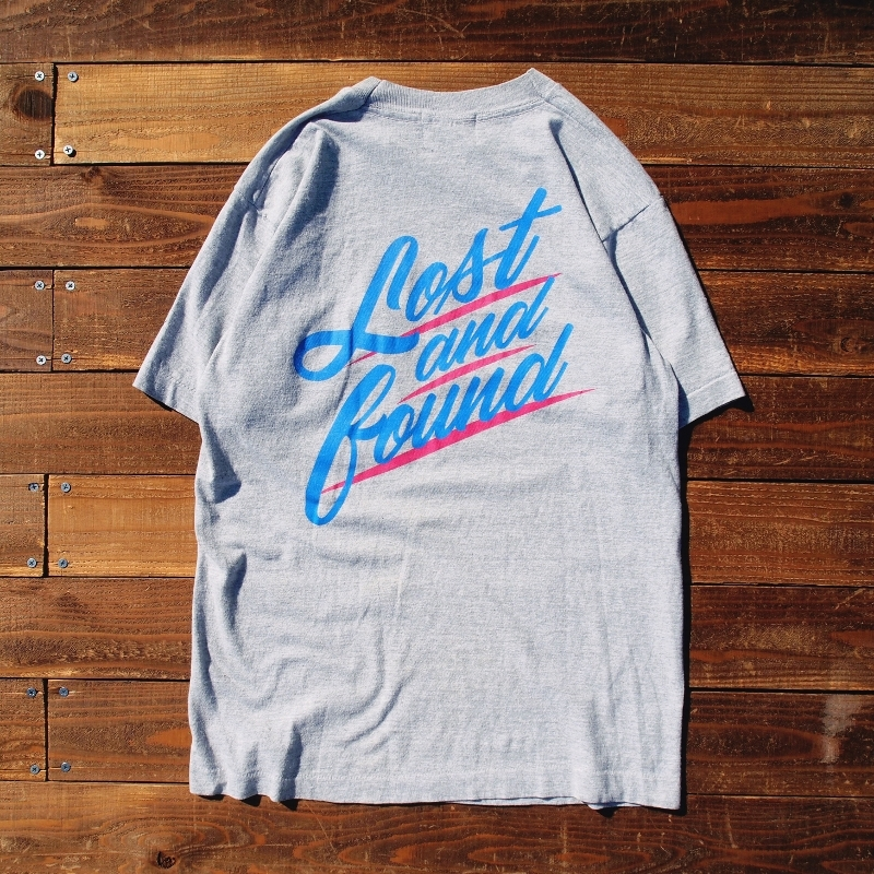 "【LOST AND FOUND】""BACK PRINT"" Vintage Pocket T-shirt (GREY)"