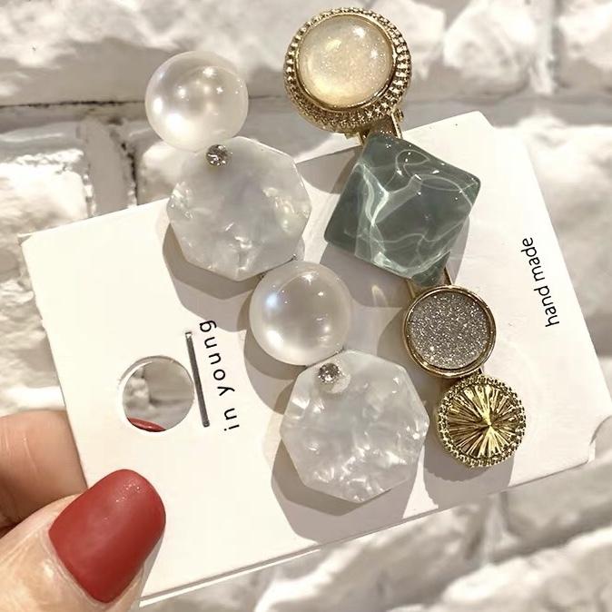 clear stone hair pin