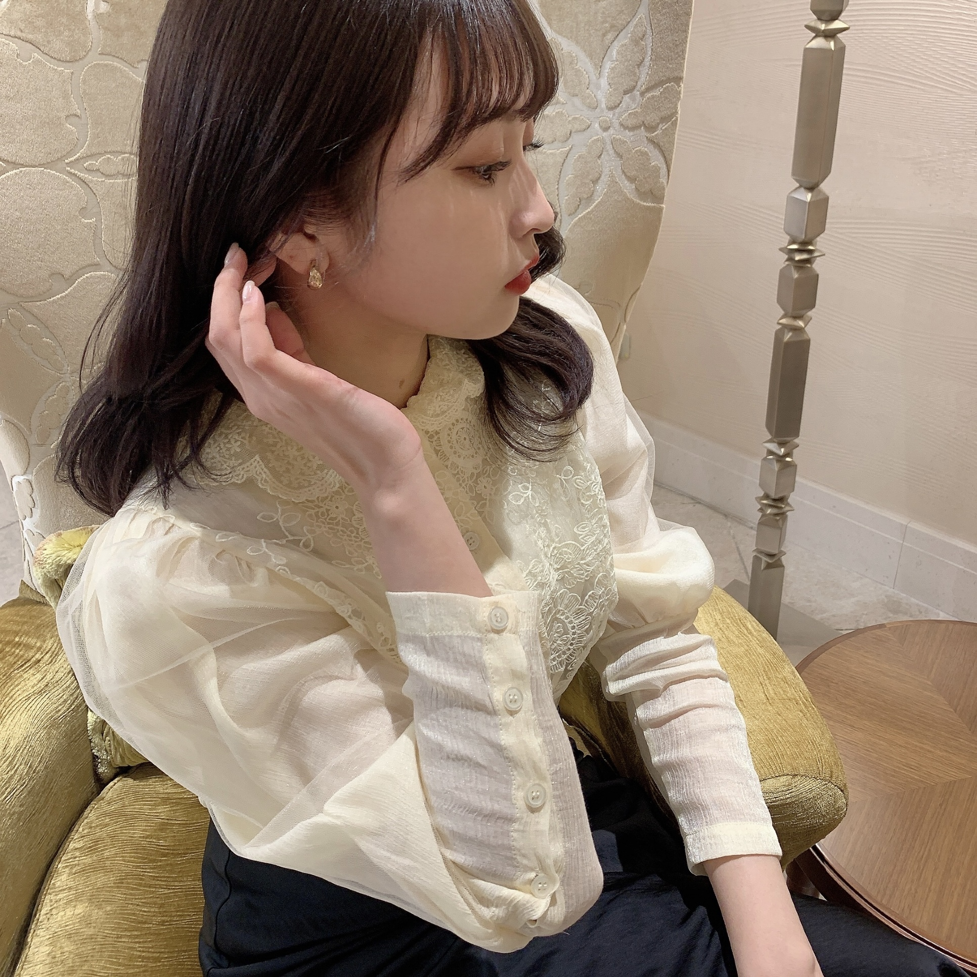 【LAST2】race collar chiffon blouse