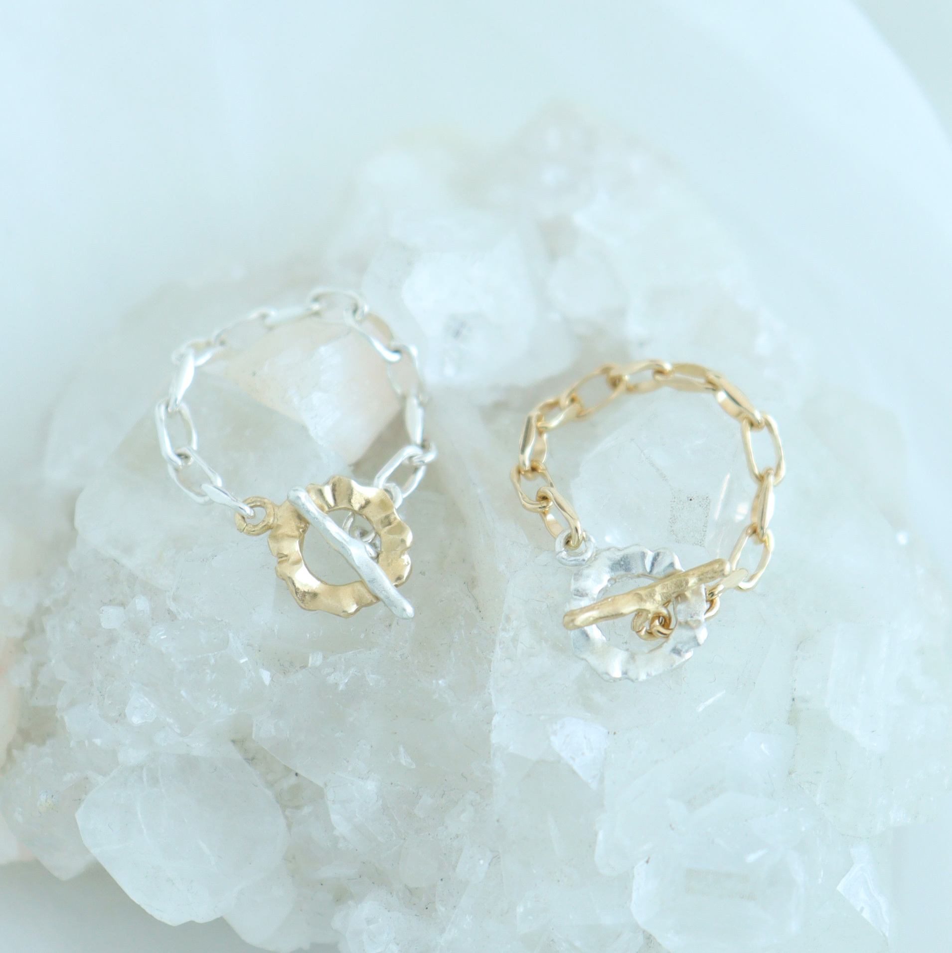 Ring / Frill Chain