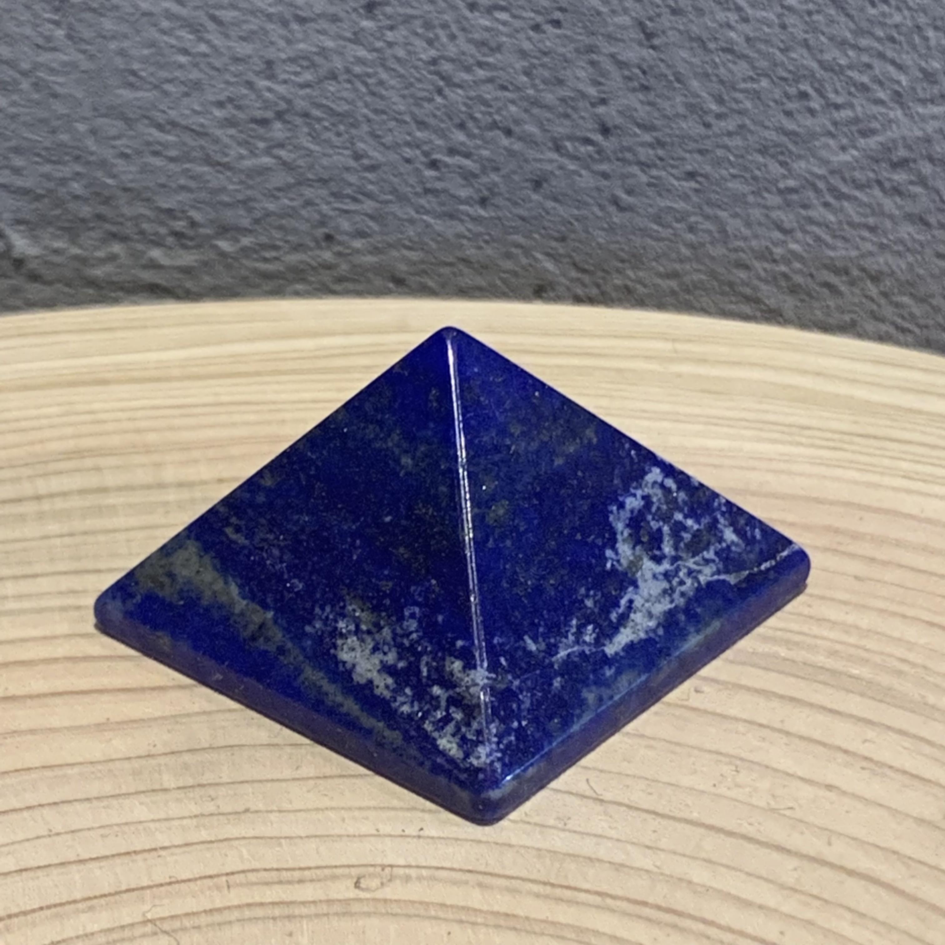 ∞ ラピスラズリ ピラミッド ∞