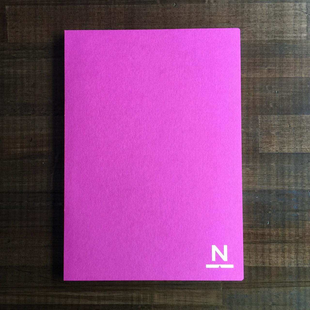 ノンブルノート「N」(03)ホットピンク×ピーコックグリーン