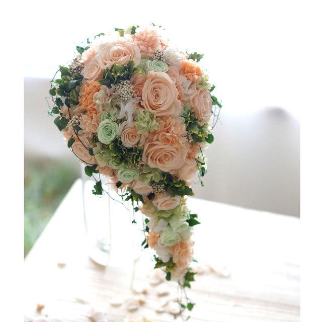 【3点セット】 「ピーチとグリーンのキャスケードブーケ」+ブトニア+花冠