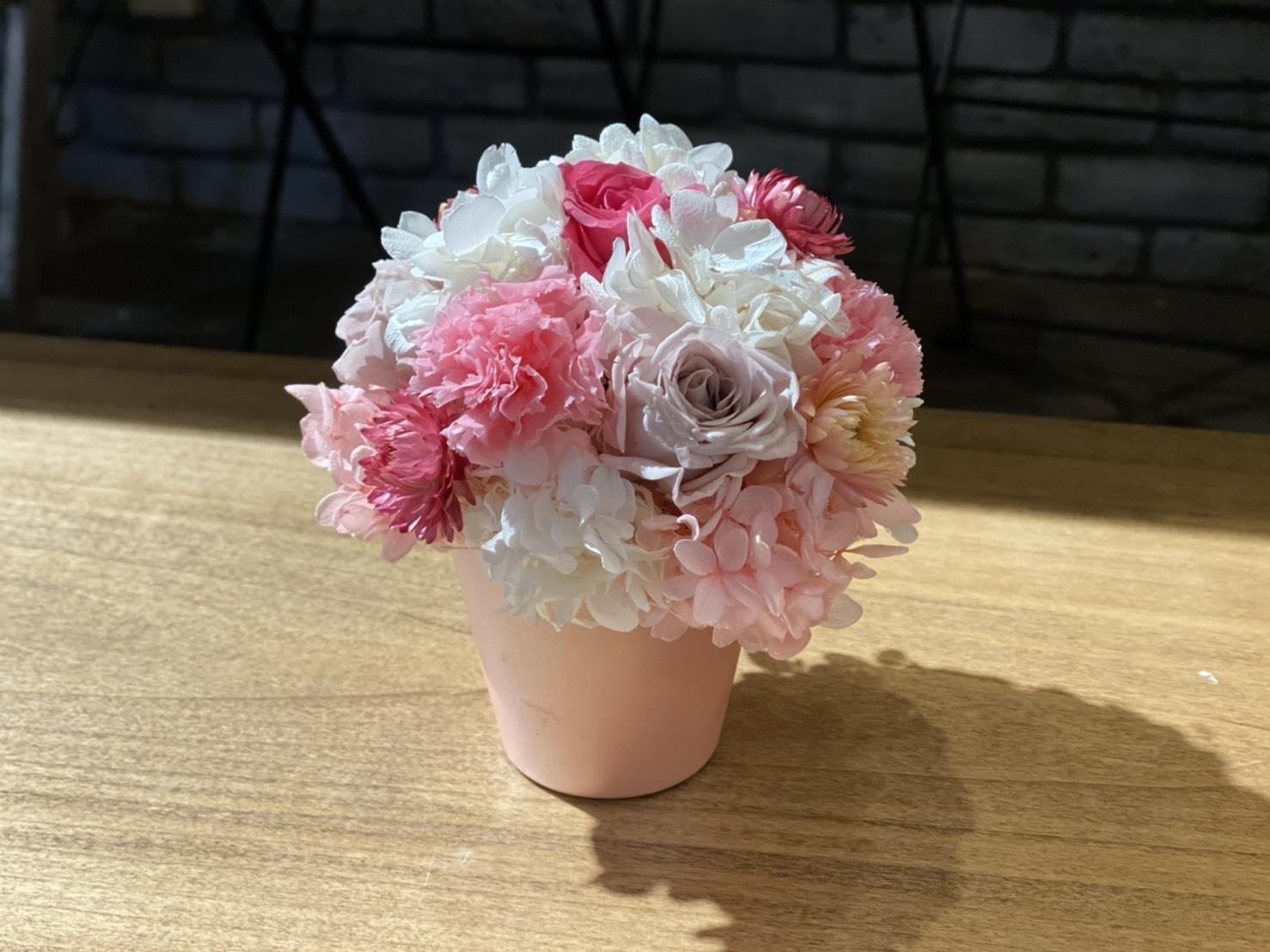 【母の日ギフト】プリザーブドフラワーアレンジメント ピンク Sサイズ