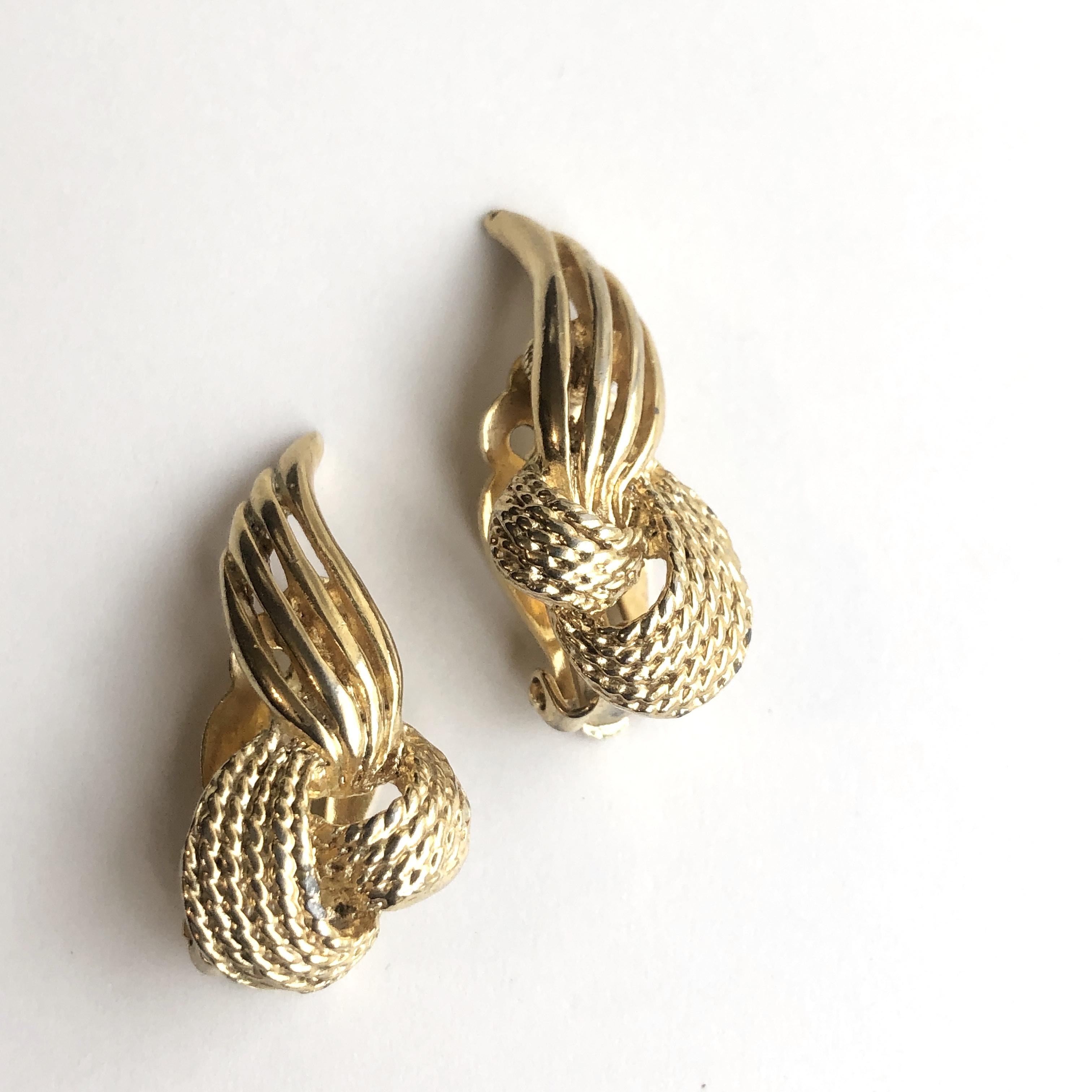 Vintage earrings X-026