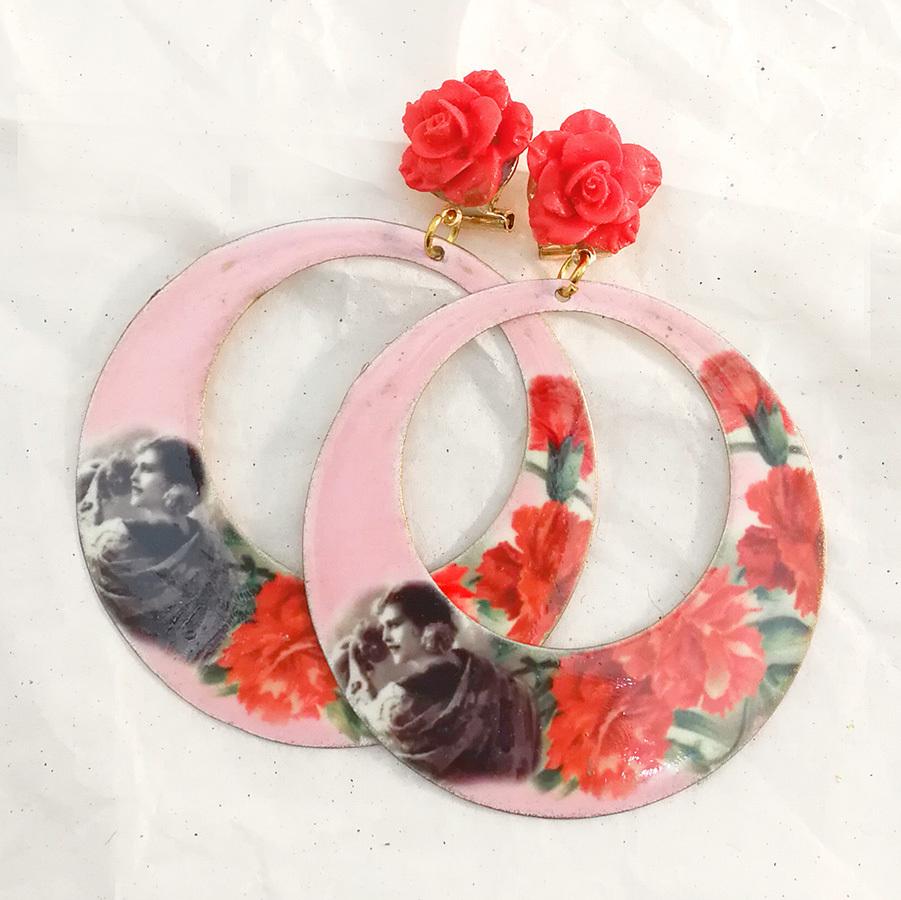 FE-Pd-ArM_VintageRose イヤリング/ピアス(兼用タイプ)円形M ヴィンテージ絵画柄T・ピンク系  スペイン製