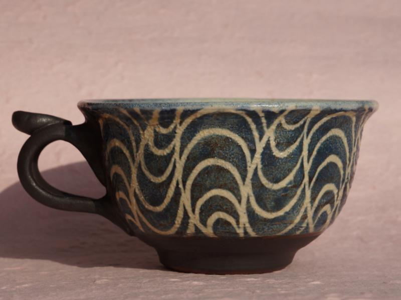 やわらかな波模様 スープカップ やちむん 陶芸工房 かみや 神谷理加子