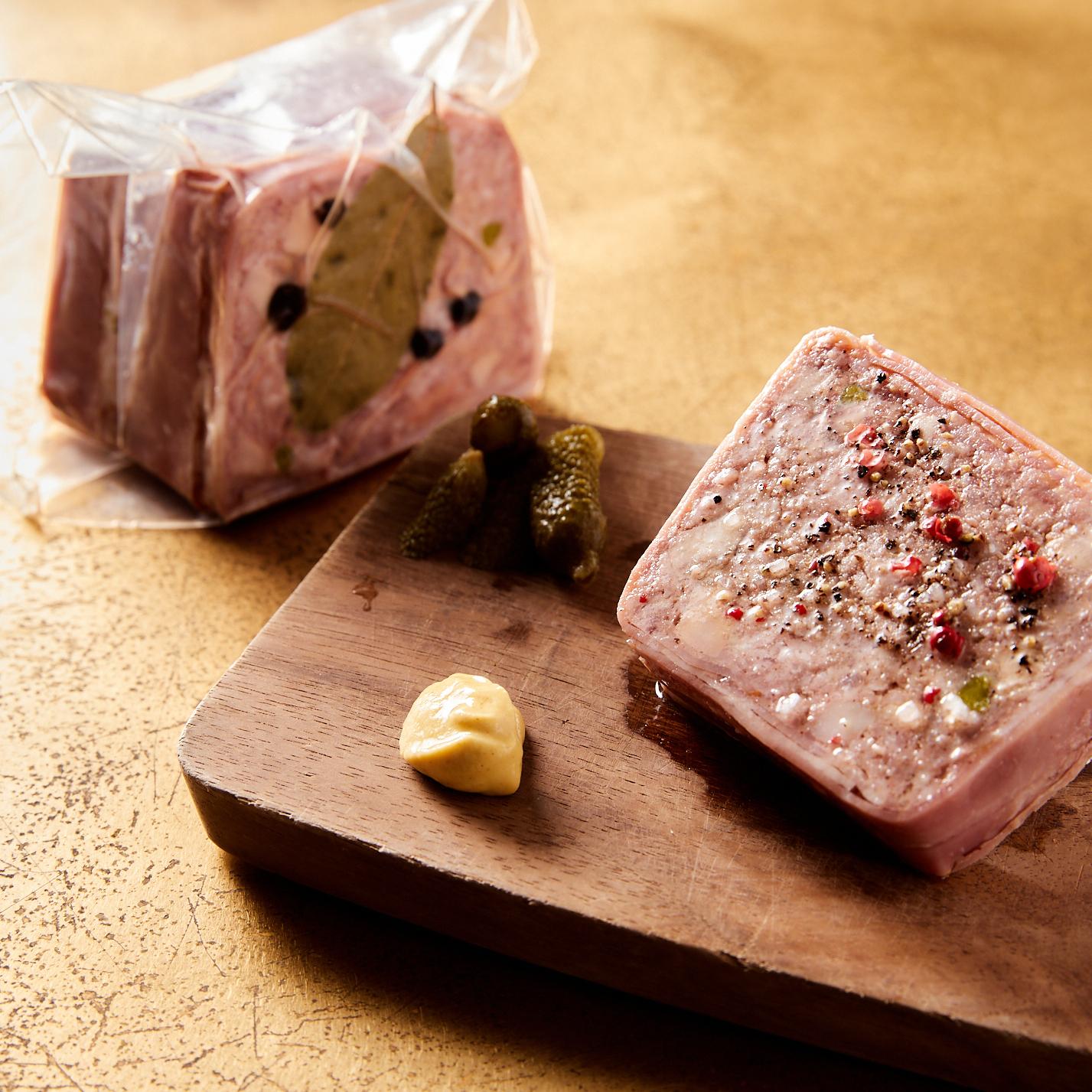 岩中豚とフォアグラ,ピスタチオのパテ( 1/4本350g )
