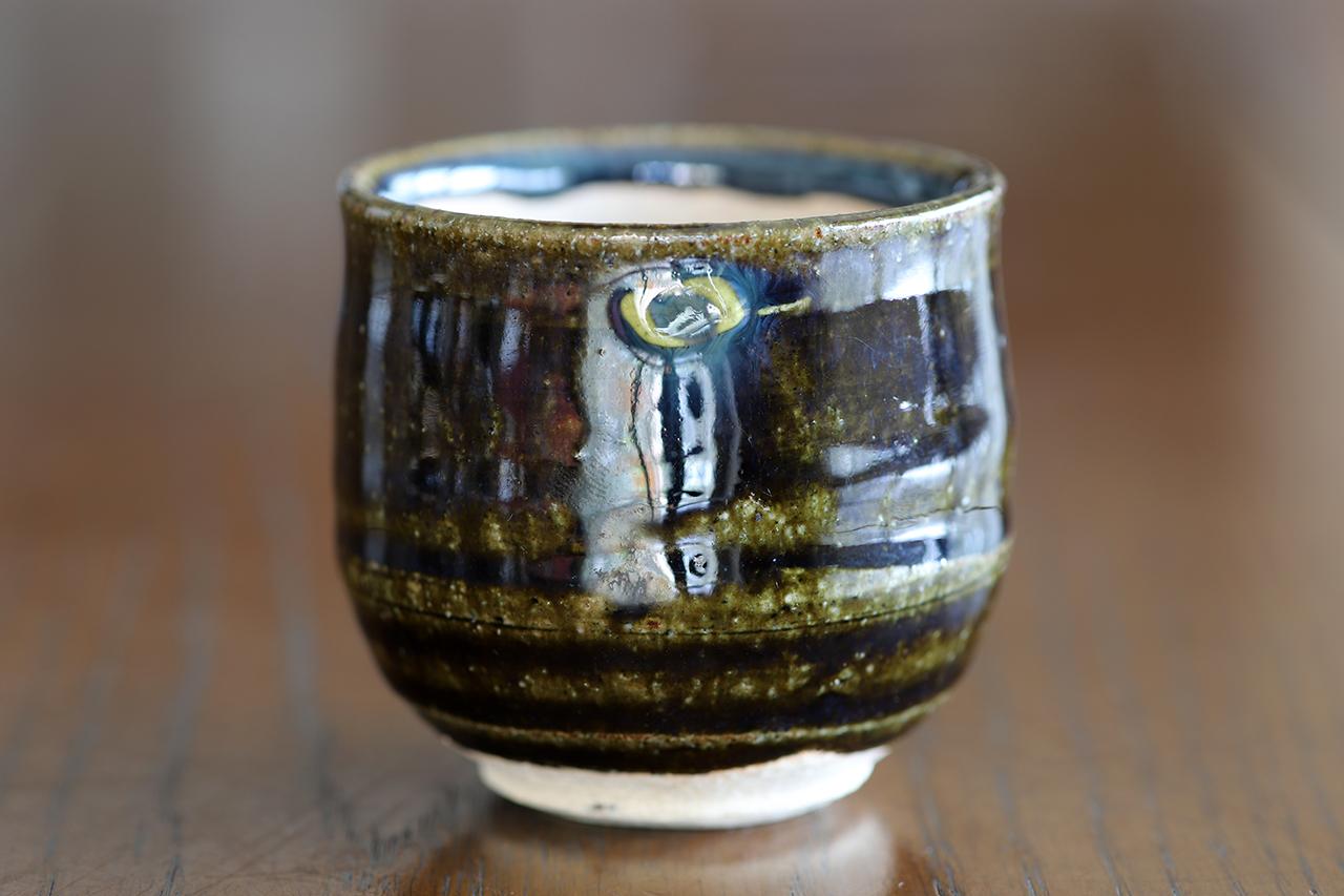 紫香楽織部釉 ぐい吞み 作:谷井芳山・谷寛窯(信楽焼)