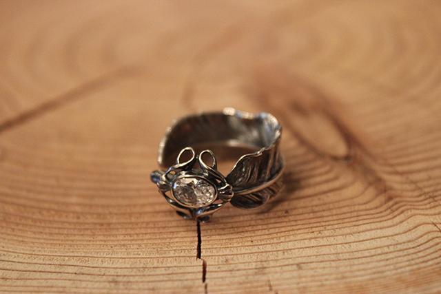 Designers Jewelry buff ジルコニア付 千年フェザーリング(LL)
