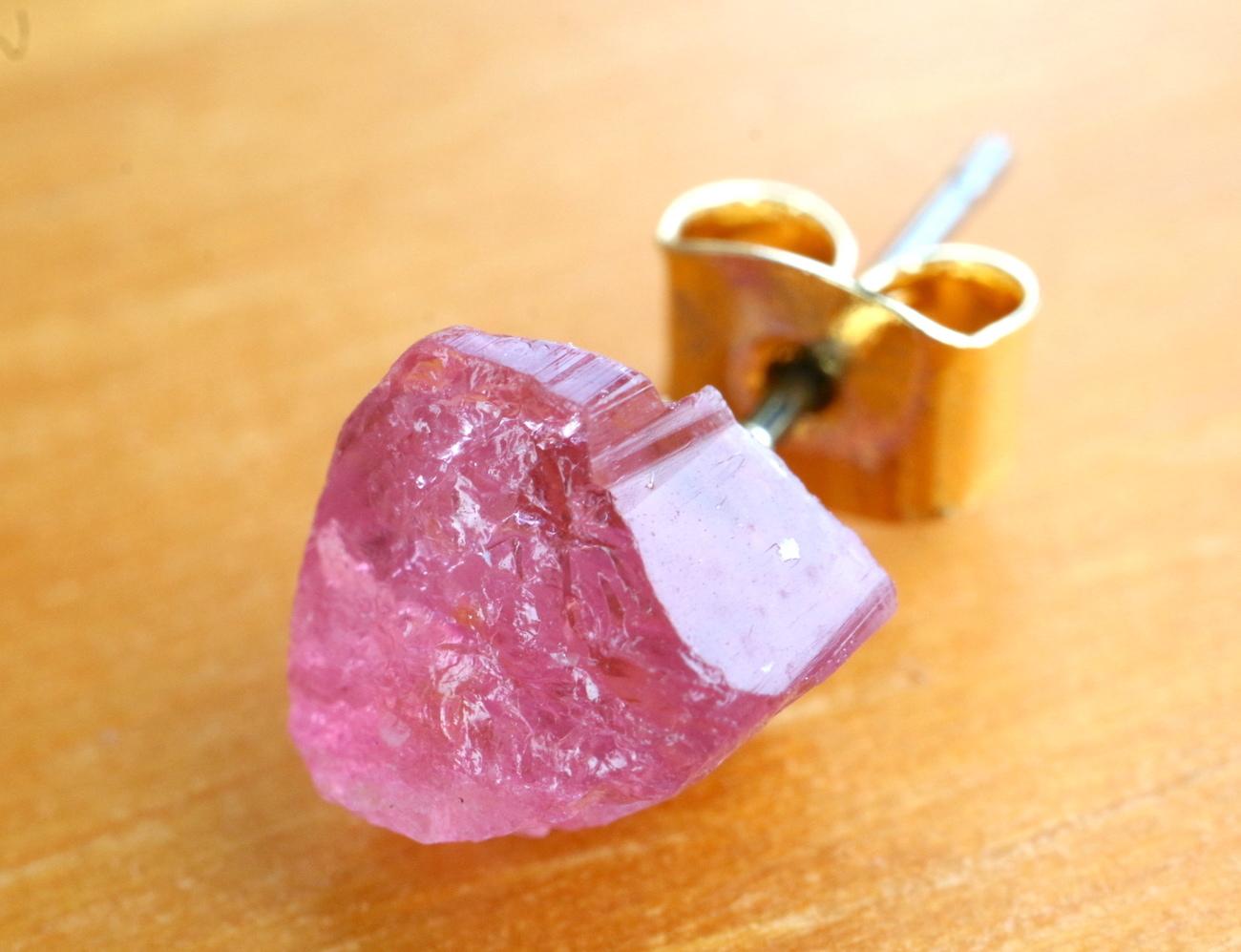 Pink Tourmaline 原石 片耳ピアス ピンクトルマリン #1