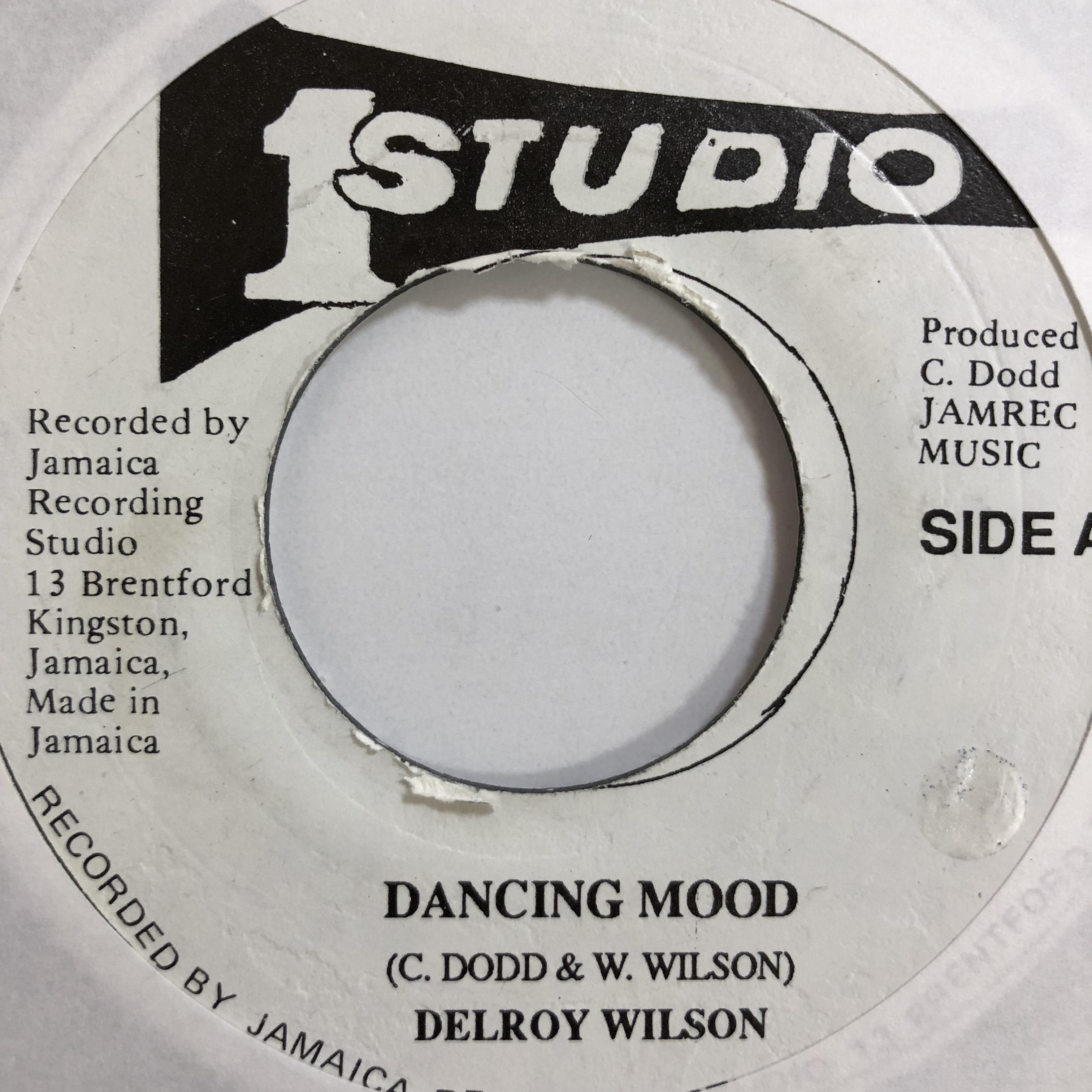 Delroy Wilson(ディロイウィルソン) - Dancing Mood【7'】