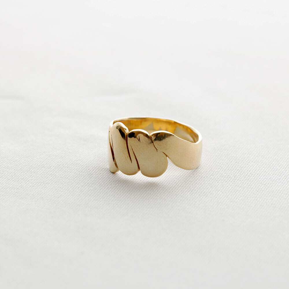 moments / ring - L (gold)