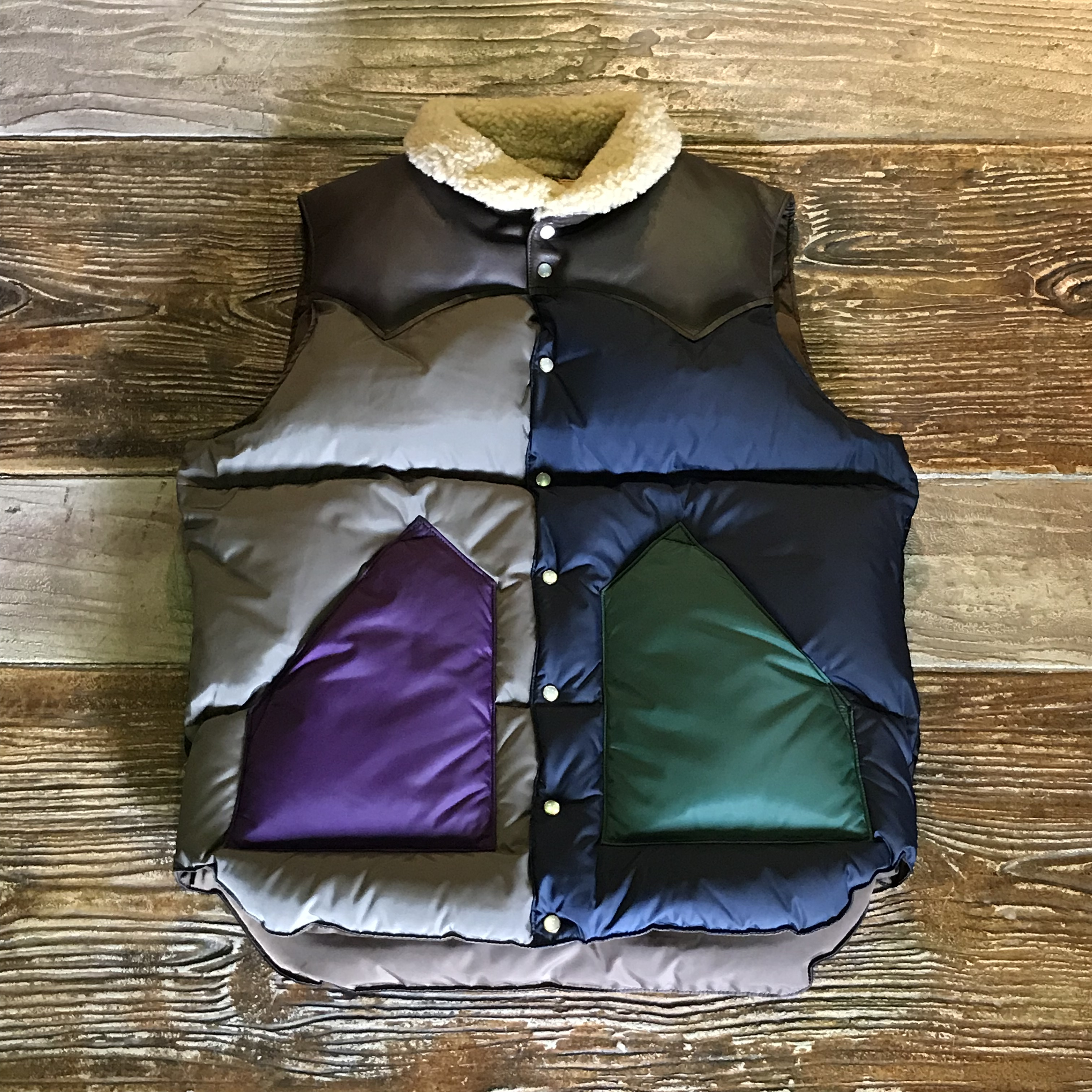 Rocky Mountain Featherbed ロッキーマウンテン クリスティー ベスト 【18AW NEW COLLECTION】CHRISTY VEST NYLON
