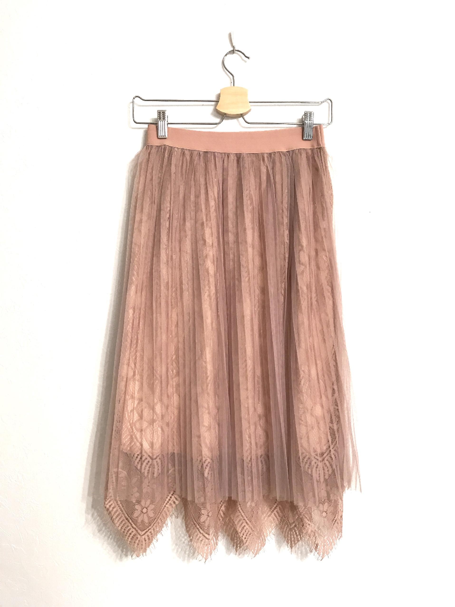再入荷★スカラップ裾のレース&プリーツチュールスカート ピンクベージュ