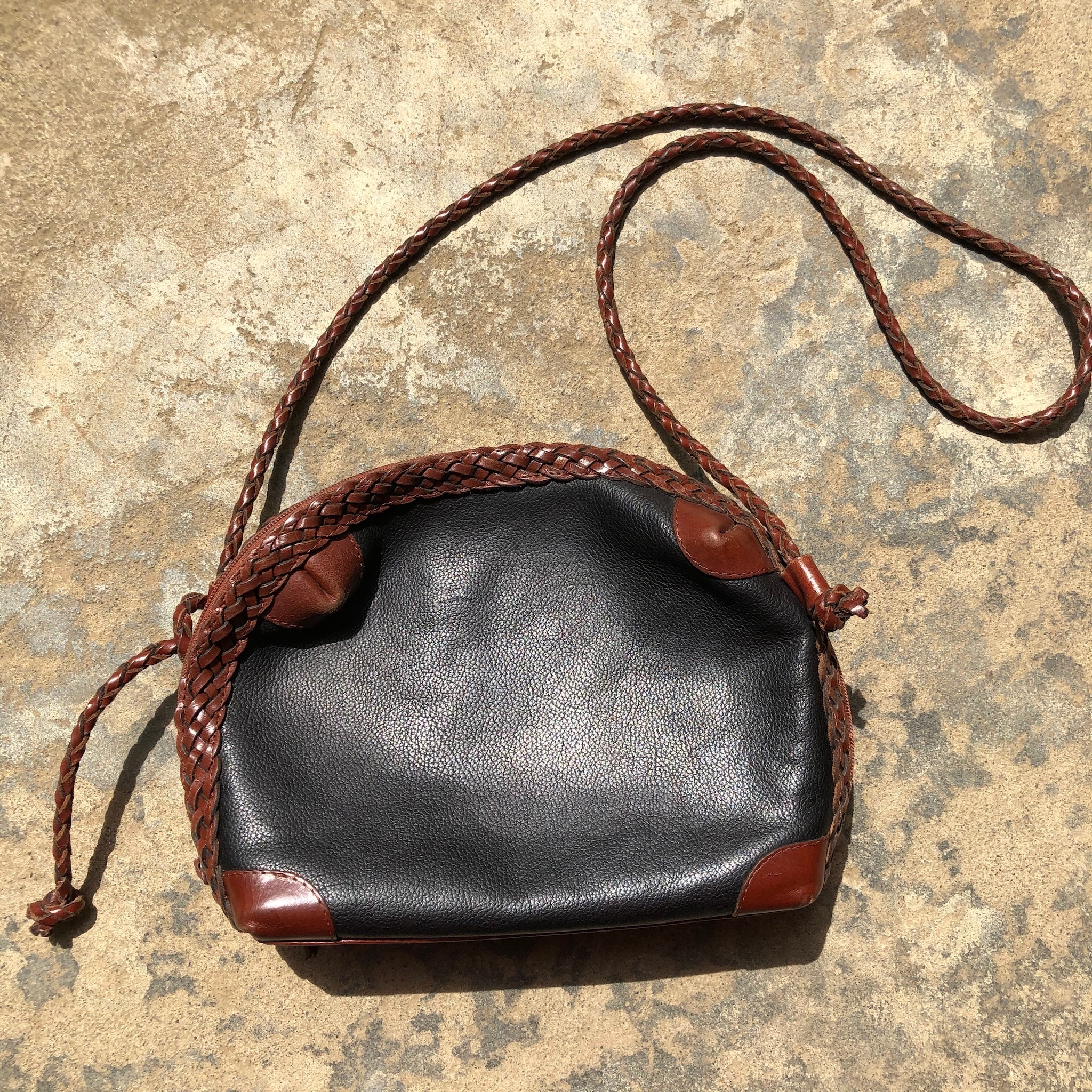 lether shoulder bag