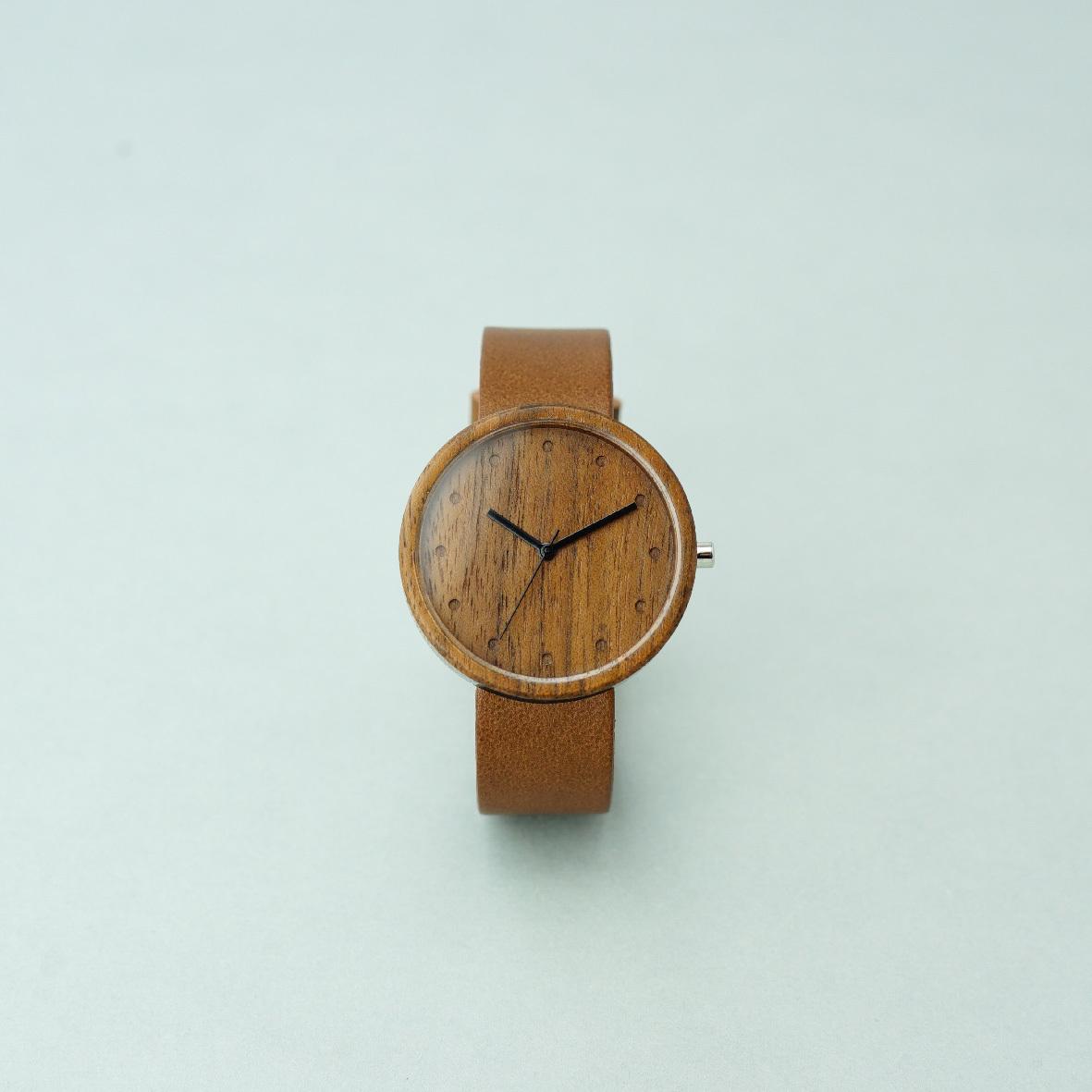 Walnut wood - Dark Brown - L