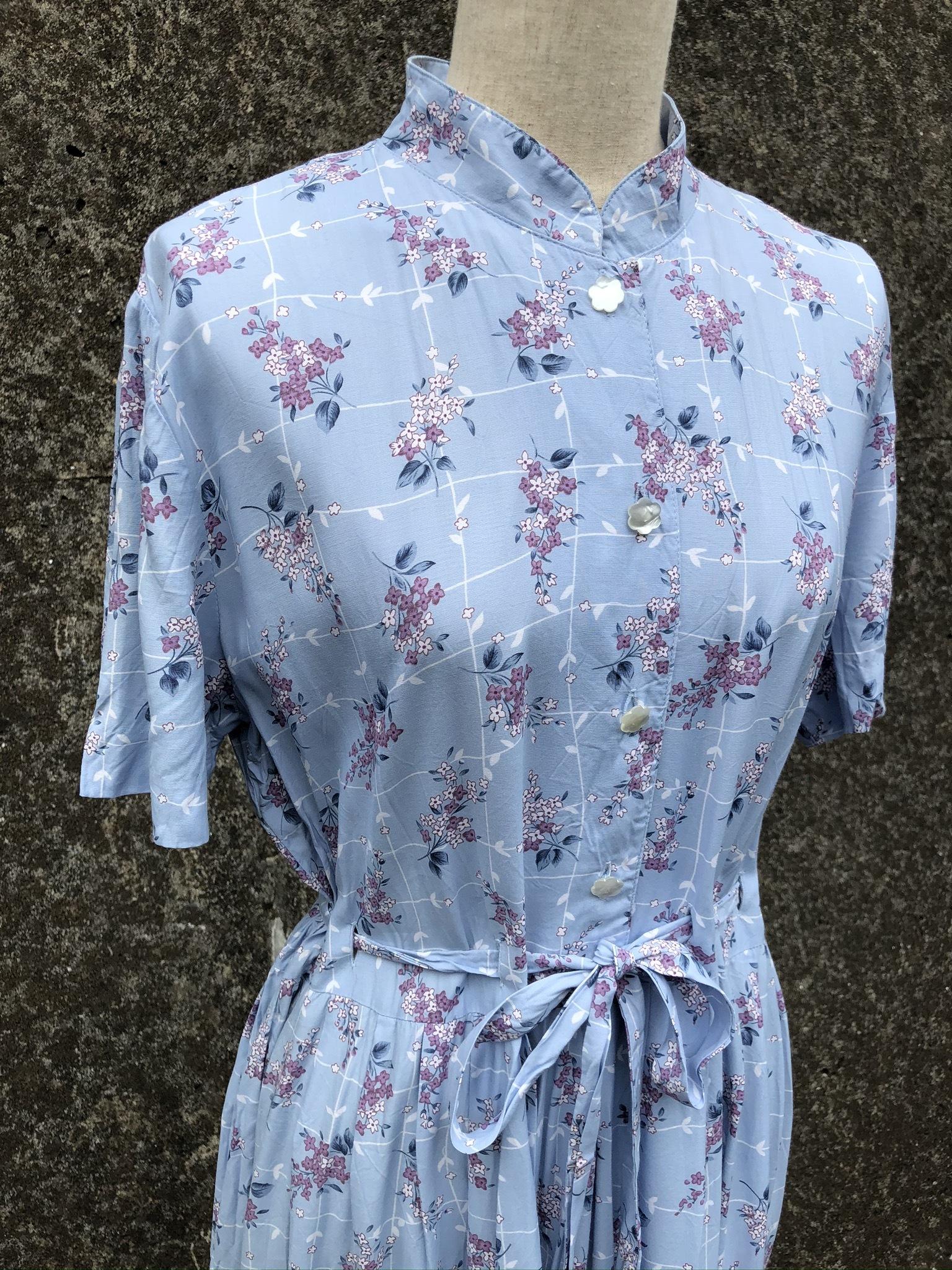 stand collar rayon dress