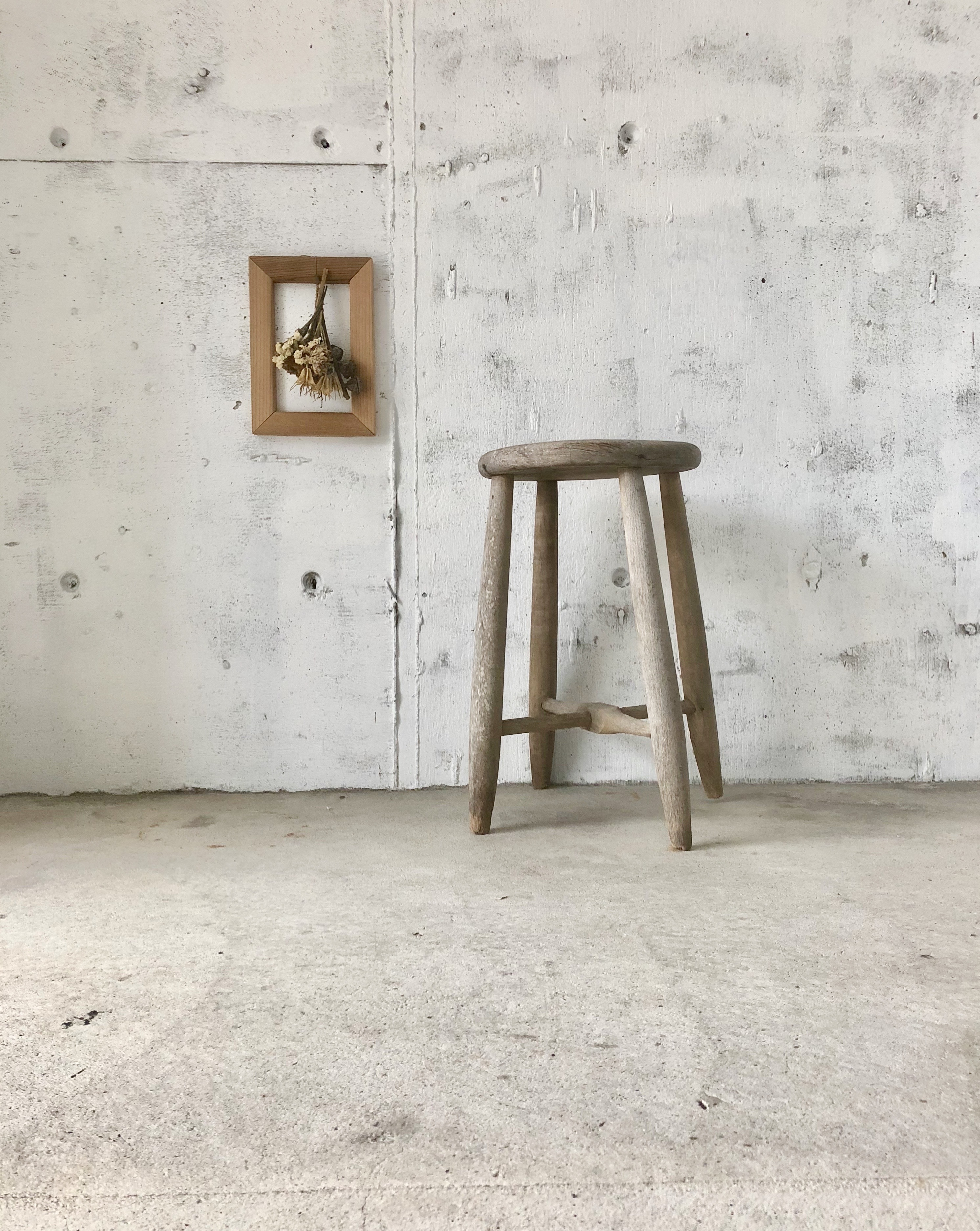 木味のスツール[古家具]