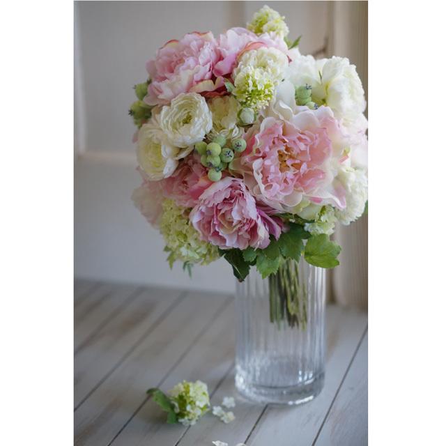 【2点セット】 ピンク芍薬とグリーンの実ものの  クラッチブーケ+ブトニア