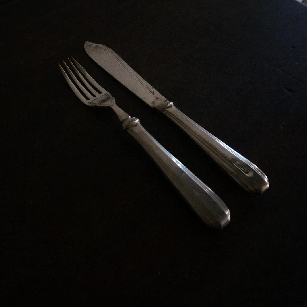 古い国産のフォーク&ナイフ