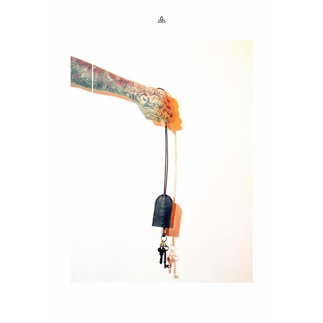 nahezugleich/door necklace - 画像1