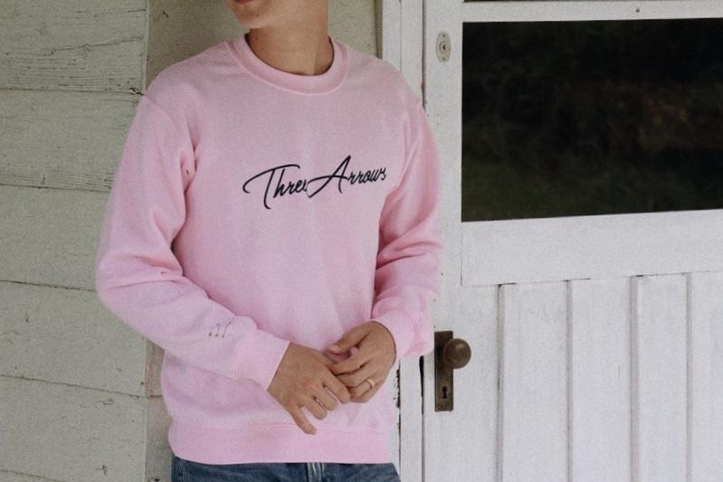 【1/15 21:00 再入荷】ThreeArrows スウェット(pink ×  black)