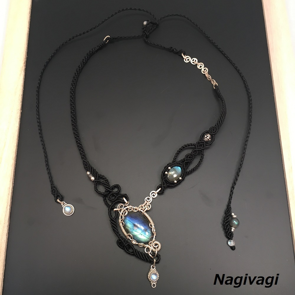 Labradorite silver wire necklace