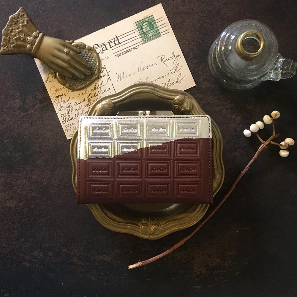 訳あり:革のチョコ がま口カードケース兼財布 スイート(銀の包み紙)