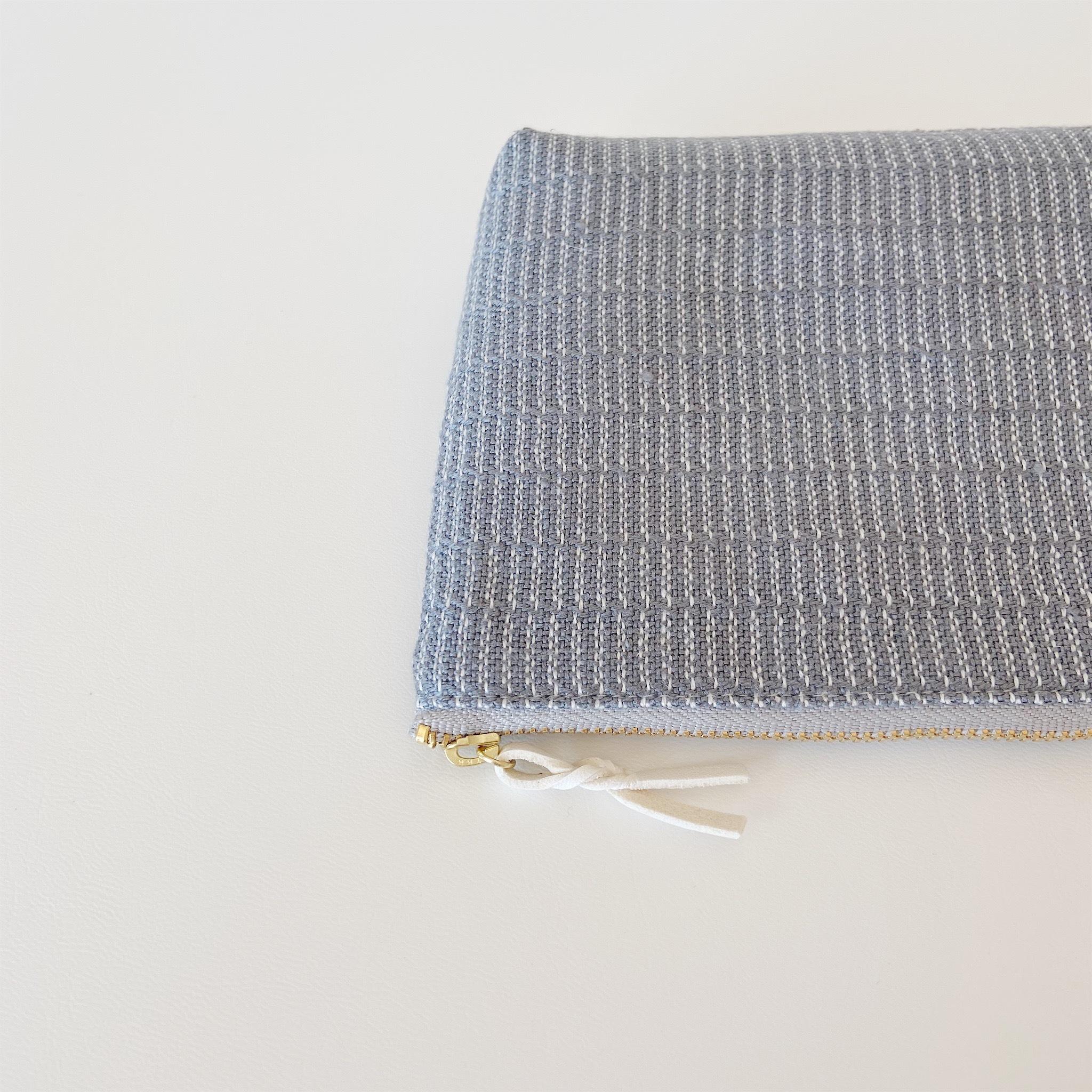 手織りメイクポーチ (Make up bag Gray Alinea)