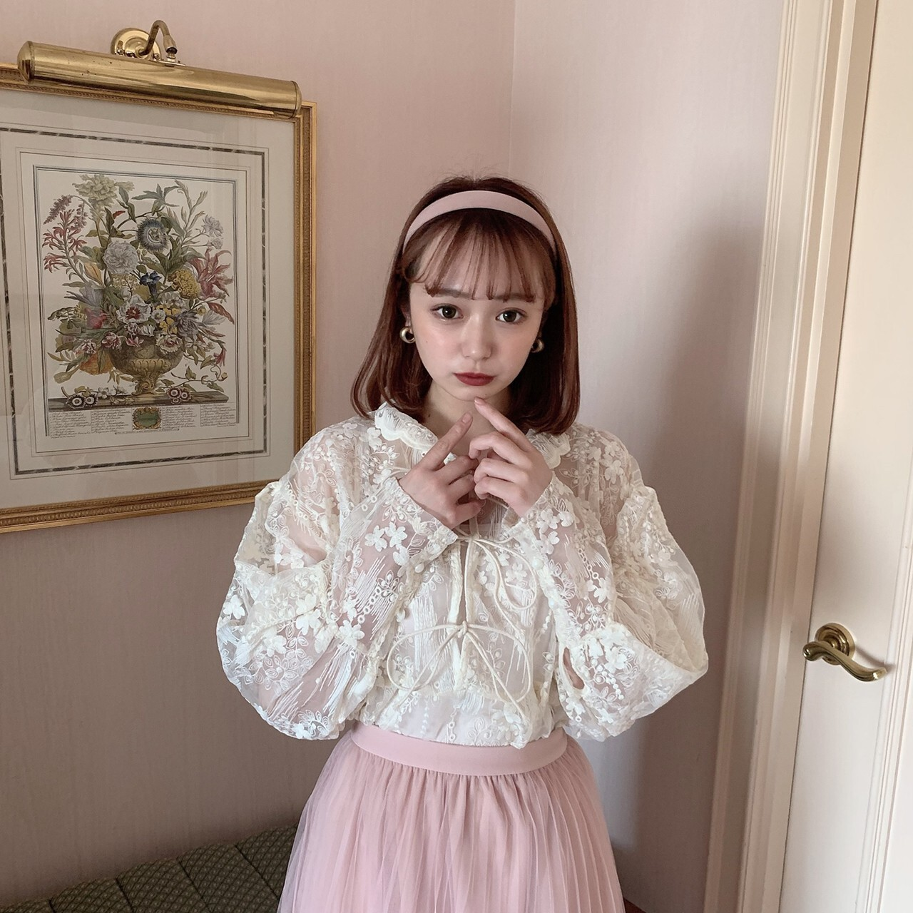 【meltie】lacy ribbon blouse
